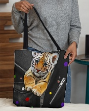 Tiger - Zip - All - Tote  All-over Tote aos-all-over-tote-lifestyle-front-10
