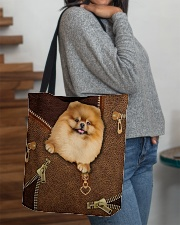 Pomeranian  All-over Tote aos-all-over-tote-lifestyle-front-09