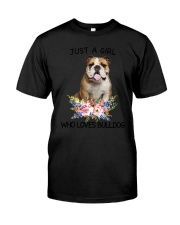 Bulldog Loves Girl 0204 Classic T-Shirt tile