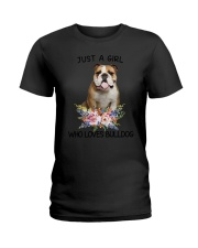 Bulldog Loves Girl 0204 Ladies T-Shirt thumbnail