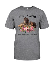 GAEA - German Shepherd Mom 1204 Classic T-Shirt front