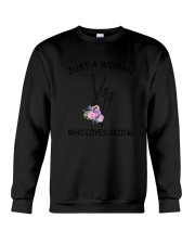 Skiing Love Woman 2104 Crewneck Sweatshirt thumbnail
