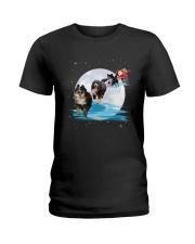 GAEA - Bernese Mountain Dog Santa -1011 - 32 Ladies T-Shirt thumbnail