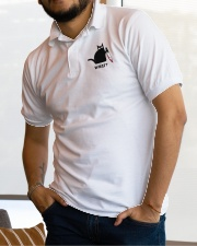 Cat What Embroidered Classic Polo garment-embroidery-classicpolo-lifestyle-01