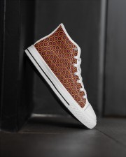 Shining Shoes Men's High Top White Shoes aos-complex-men-white-high-top-shoes-lifestyle-outside-right-25