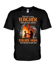 Teacher Mom who believed in her first V-Neck T-Shirt thumbnail