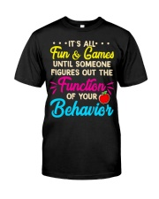 It's all fun and game Classic T-Shirt front