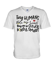 TINY HUMANS STOLE MY HEART THEY ARE SO CLEVER KIND V-Neck T-Shirt thumbnail