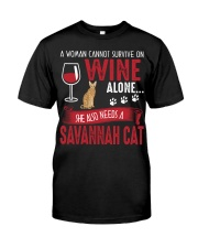 Woman Need Wine And Savannah Cat Classic T-Shirt tile