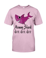 MOMMY SHARK Classic T-Shirt front