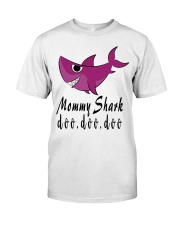 MOMMY SHARK Classic T-Shirt thumbnail