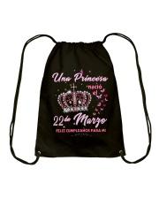 una princesa-T3 Drawstring Bag thumbnail
