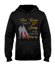 una reina-12-guocdoi-yellow-T6 Hooded Sweatshirt thumbnail