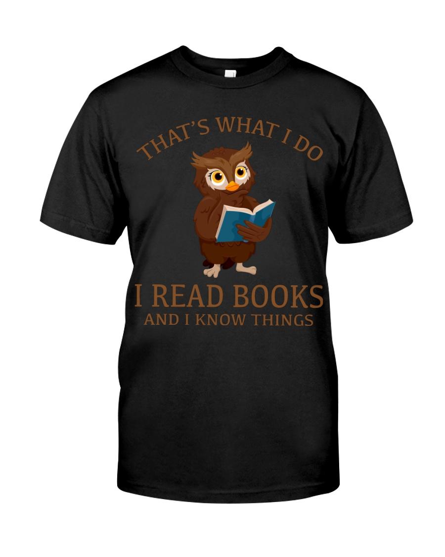 I READ BOOKS 10 Classic T-Shirt