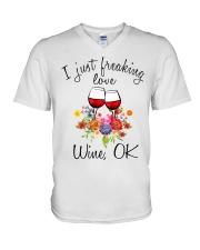 I Just Freaking Love Wine  V-Neck T-Shirt thumbnail