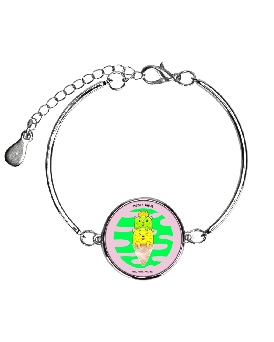 Super Cute Kitties With Their Mother Knows Meow Metallic Circle Bracelet
