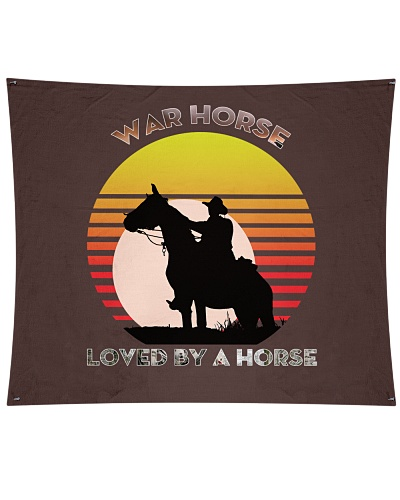 War horse loved by a horse