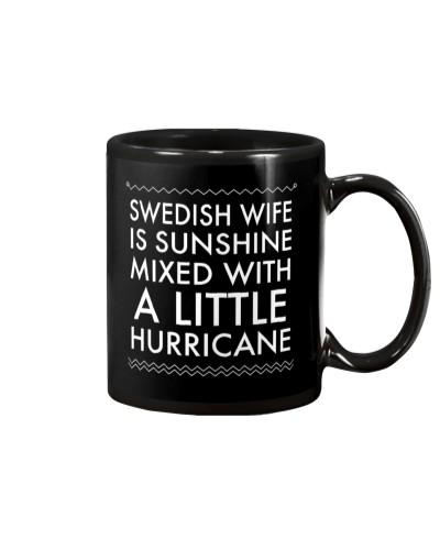 SWEDISH WIFE IS SUNCHINE