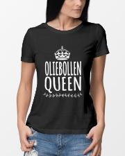 DUTCH OLIEBOLLEN QUEEN Ladies T-Shirt lifestyle-women-crewneck-front-10