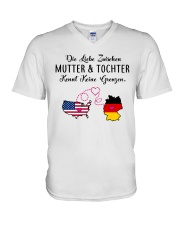 GERMAN MUTTER UND TOCHTER V-Neck T-Shirt thumbnail