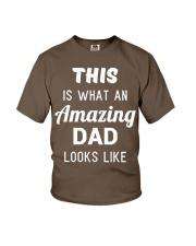 This is What An Amazing Dad Looks Like Youth T-Shirt thumbnail