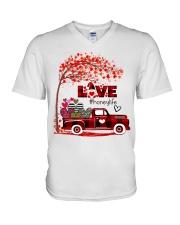 Love honey life truck red V-Neck T-Shirt tile