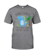 Nannu saurus mug Classic T-Shirt thumbnail