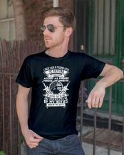 AMERICAN Oath Defend The Constitution Army Veteran Classic T-Shirt lifestyle-mens-crewneck-front-2