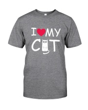 I love my cat Classic T-Shirt front