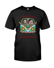 Elephant - Living life in peace Classic T-Shirt front