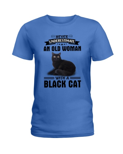 Black cat Never underestimate