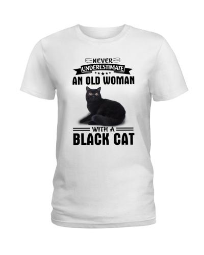 Black cat Never underestimate