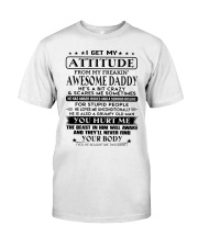 LOVES ME UNCONDITIONALLY - BEST GIFT FOR DAUGHTER Classic T-Shirt tile