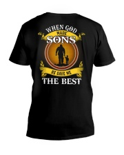HE GAVE ME THE BEST - PERFECT GIFT FOR DAD V-Neck T-Shirt tile