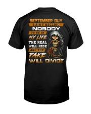 BEGGING 9 Classic T-Shirt thumbnail