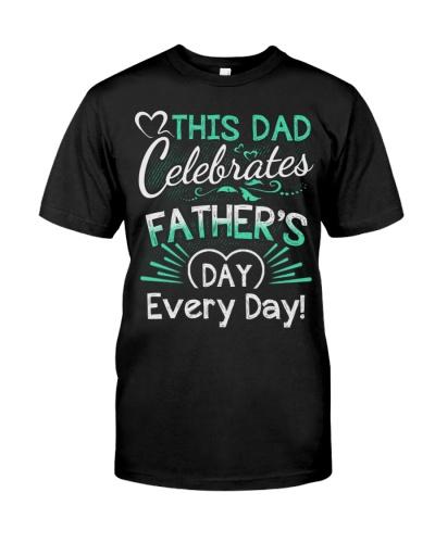 This Dad Celebrates