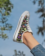 Cocktail Gin Pattern Shoes Women's Low Top White Shoes aos-complex-women-white-low-shoes-lifestyle-01