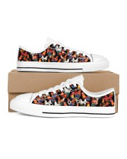 Chicken Print Pattern Shoes Women's Low Top White Shoes inside-right-outside-right