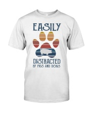 Pigs Easily Distracted Classic T-Shirt front