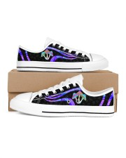 Mushroom Pattern Shoes Women's Low Top White Shoes inside-right-outside-right