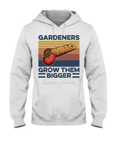Garden Gardeners Grow Them Bigger
