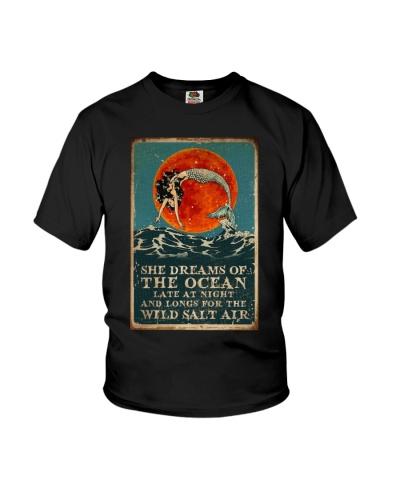 Mermaid She Dreams Of The Ocean
