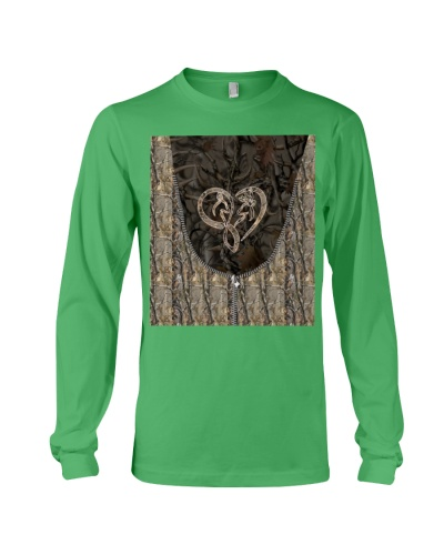 Hunting - Safe And Wild Heart Shape