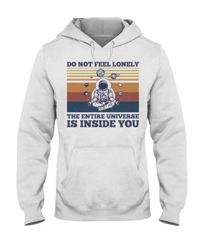 Yoga Do Not Feel Lonely
