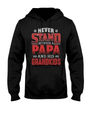 NEVER STAND BETWEEN A PAPA AND HIS GRANDKIDS Hooded Sweatshirt tile