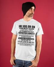 JA JEG ER EN FORKÆLET MAND Classic T-Shirt apparel-classic-tshirt-lifestyle-front-89