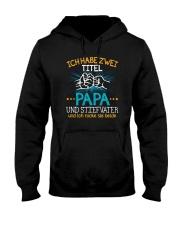 ICH HABE ZWEI TITEL PAPA Hooded Sweatshirt tile