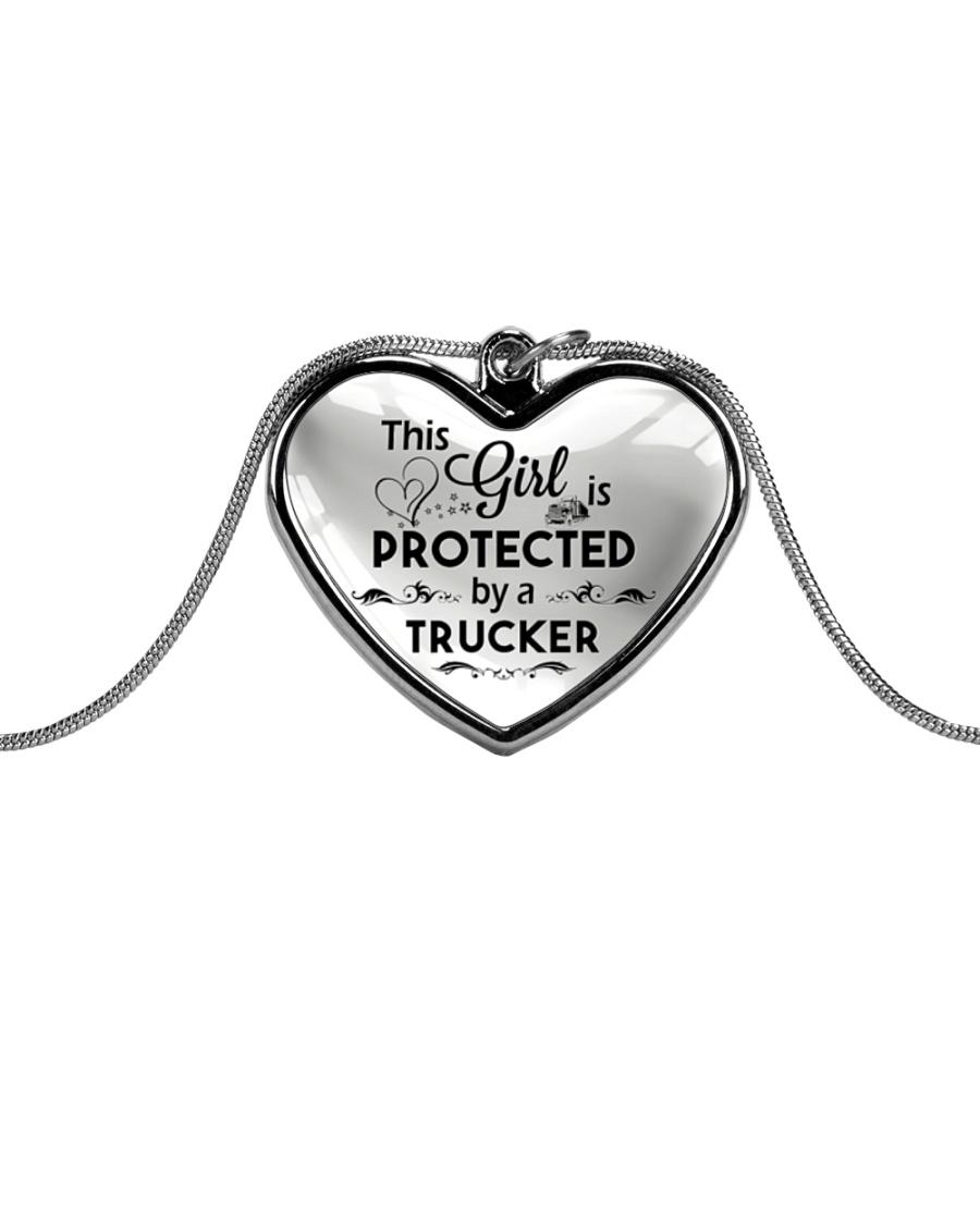 Cute Trucker's Lady Metallic Heart Necklace