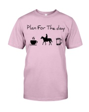 Plan for the day horse riding and beer Classic T-Shirt thumbnail