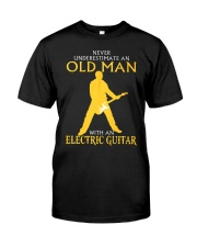 Never underestimate old man with electric guitar Classic T-Shirt front